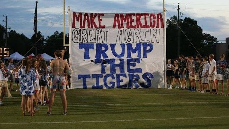 Trump Tigers Photo