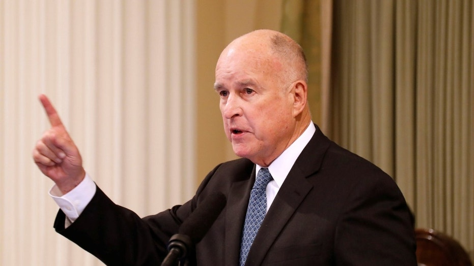 FILE -- California Governor Jerry Brown delivers his final state of the state address in Sacramento, California, U.S., January 25, 2018.