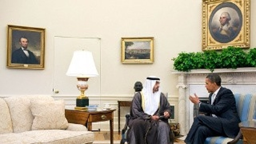 President Barack Obama meets with His Highness Crown Prince General Shaikh Mohammed bin Zayed Al Nahyan of Abu Dhabi in the Oval Office (WH Photo)