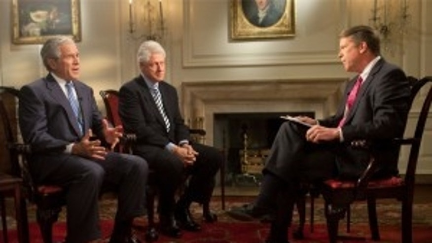Major Garrett sits down with former Presidents Bill Clinton and George W Bush to discuss Haiti on Fox News Sunday (Official White House Photo by Lawrence Jackson)