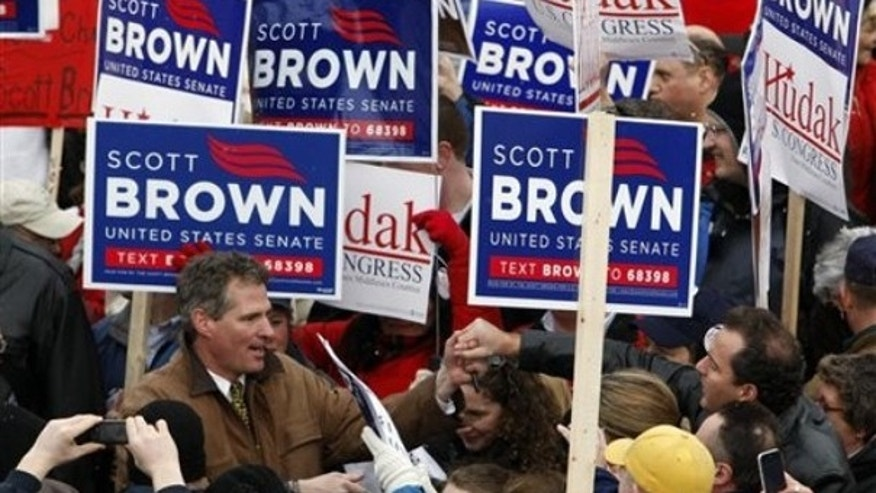 Scott Brown campaigns on Main Street in North Andover, Mass., Jan. 18. (AP Photo)