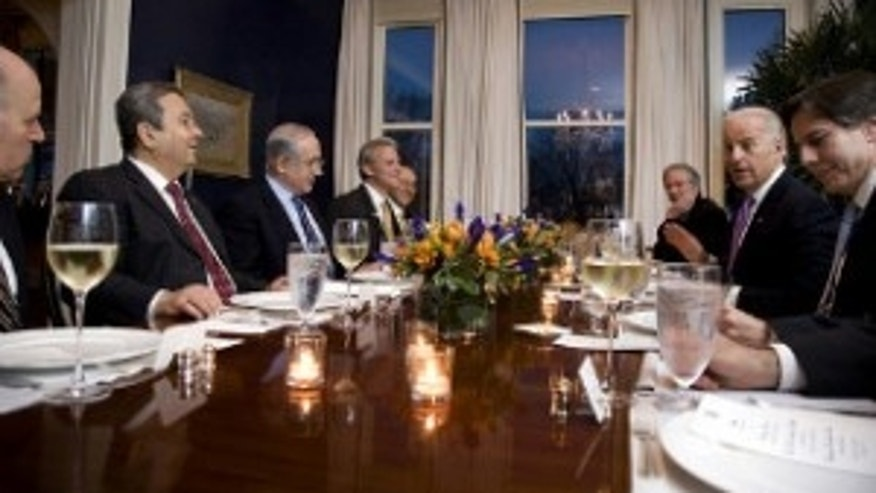The Vice President hosts a dinner with Israeli Prime Minister Netanyahu at the Naval Observatory. March 2010 (White House Photo)