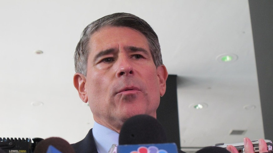 Robert Blagojevich will not join his brother Rod at a retrial on corruption trial.