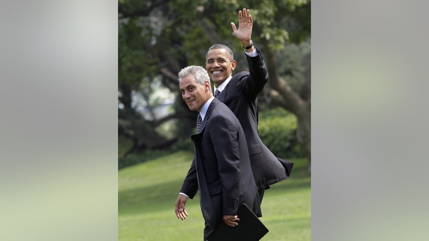 President Barack Obama walks with White House Chief of Staff Rahm Emanuel (AP File)