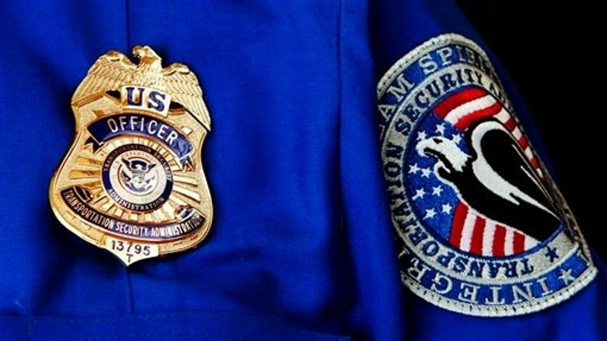 TSA Uniform (AP / File Photo)