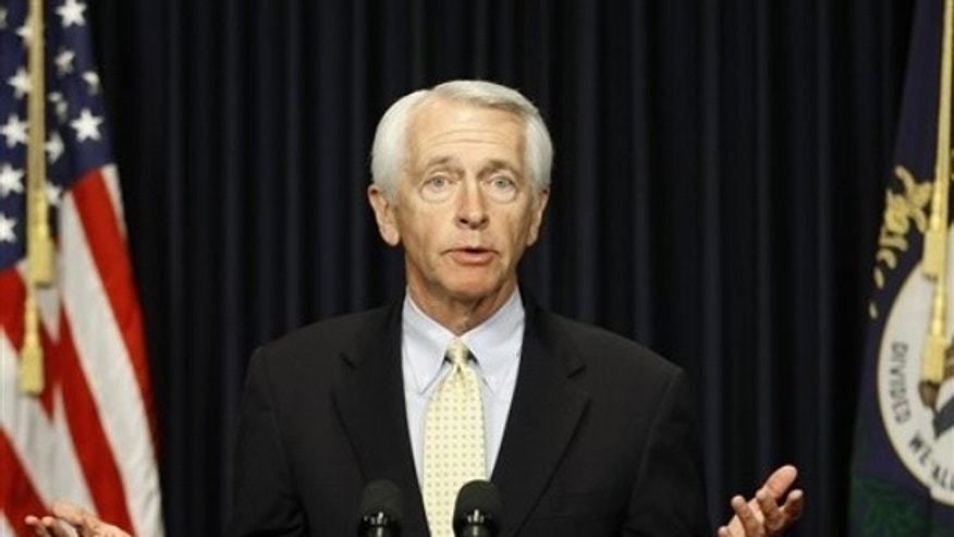Kentucky Gov. Steve Beshear answers questions during a news conference in Frankfort, Ky. , Thursday, April 15, 2010. (AP)