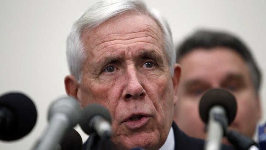 Former US Rep. Frank Wolf aims to make religious freedom a 2016 presidential campaign issue. (AP)