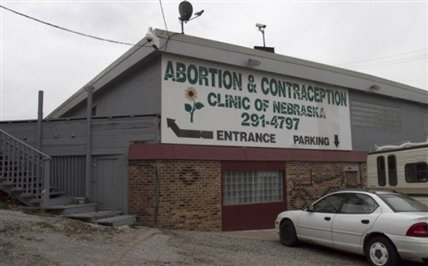 the proposal to close abortion clinics Why abortion clinics in the us are rapidly closing abortion-rights groups say the clinics are lucky to break even, and planned parenthood, one of the country's largest providers close now playing.