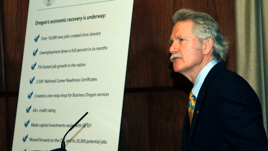 Oregon Gov. John Kitzhaber speaks at the Capitol about Oregon's economic recovery in Salem, Ore., Tuesday, May, 17, 2011. (AP)