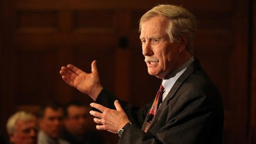 Mar. 5, 2012: Former Gov. Angus King speaks at Bowdoin College in Brunswick, Maine.