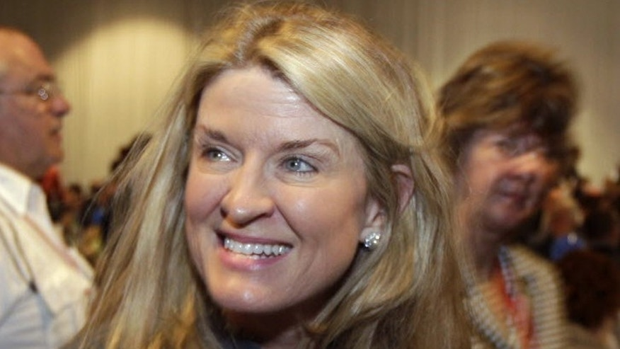 "New York Senate candidate Wendy Long said a poll worker ""studied"" her ballot and told her to check boxes for Democrats. (AP)"
