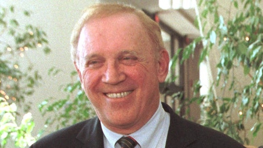 Former New Hampshire Sen. Warren Rudman died Monday night at age 82.