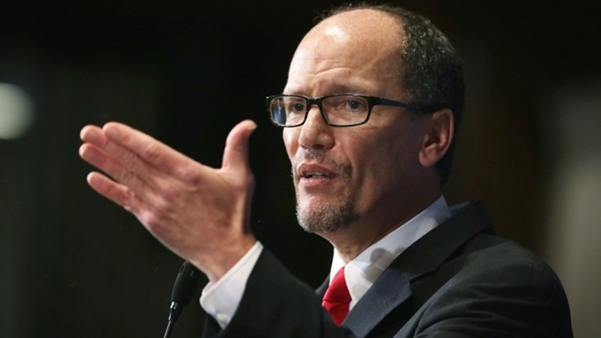 "WASHINGTON, DC - OCTOBER 20:  U.S. Labor Secretary Thomas Perez speaks during a National Press Club  luncheon October 20, 2014 in Washington, DC. Secretary Perez spoke on ""An Economy That Works for Everyone: The Labor Secretary's Perspective.""  (Photo by Alex Wong/Getty Images)"