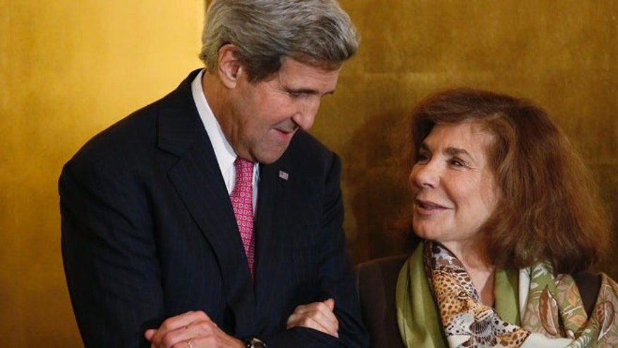 This November 12, 2013 photos shows U.S. Secretary of State John Kerry and his wife Teresa Heinz Kerry in Washington.