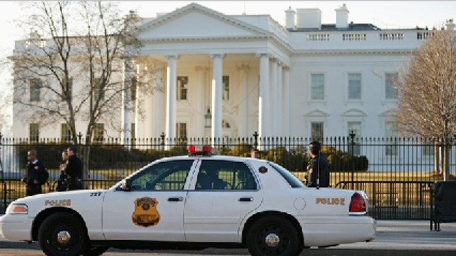 Latest White House intruder arrested after climbing fence with suspicious package