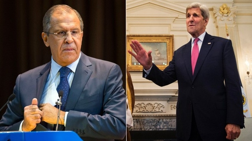 At left, Russian Foreign Minister Sergey Lavrov; at right, U.S. Secretary of State John Kerry.