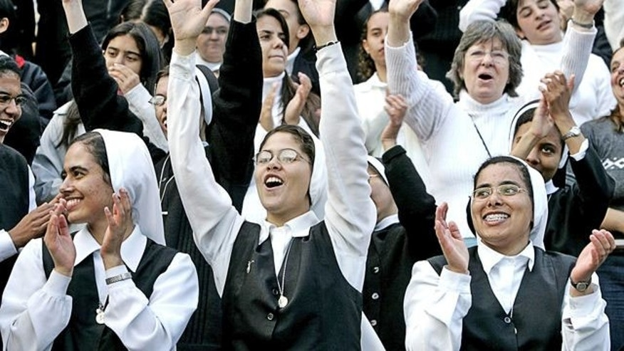 Little Sisters of the Poor cheering.