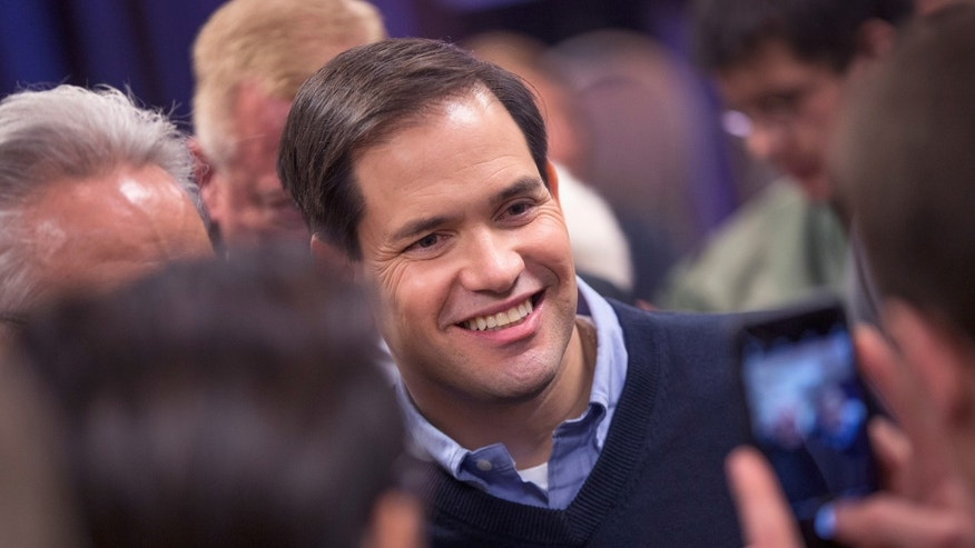 CEDAR RAPIDS, IA - JANUARY 24:  Republican presidential candidate Sen. Marco Rubio (R-FL) greets guests during a town hall meeting on January 24, 2016 in Cedar Rapids, Iowa. Rubio is in Iowa trying to gain support ahead of the Feb. 1 caucuses.  (Photo by Scott Olson/Getty Images)