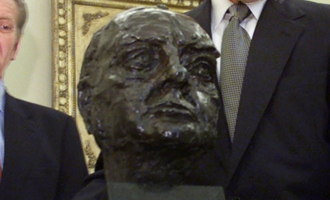 Trump returns Churchill bust to the Oval Office