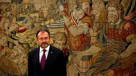 Mexican Foreign Minister Luis Videgaray waits to meet Spain's King Felipe at Zarzuela Palace in Madrid, Spain, April 20, 2017. REUTERS/Susana Vera - RTS1367R
