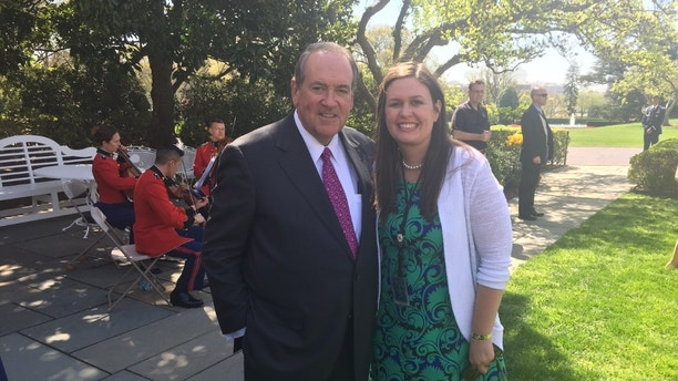 Huckabee and Sanders