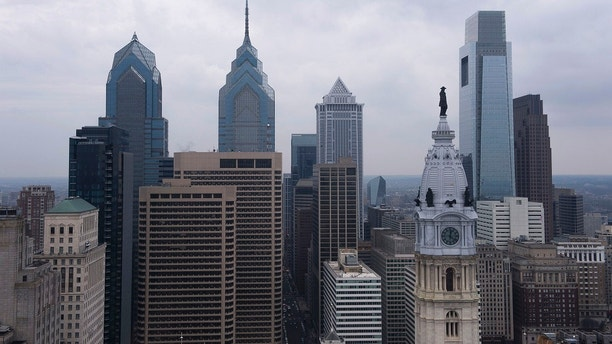 A view of the downtown skyline in Philadelphia, February 12, 2015. The U.S. Democratic Party has chosen Philadelphia as the site of its 2016 national convention to nominate a presidential candidate, the Democratic National Committee said on Thursday. The Democratic convention will be held the week of July 25, 2016. The Republican gathering is scheduled to be held in Cleveland the week before Democrats meet.  
