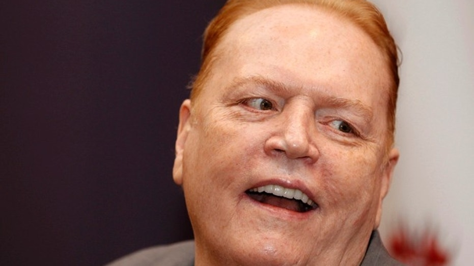 Larry Flynt offers $10 million for dirt on Donald Trump