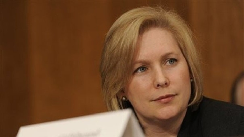 Ex-Clinton aide: Gillibrand a 'hypocrite' for saying Bill should have resigned