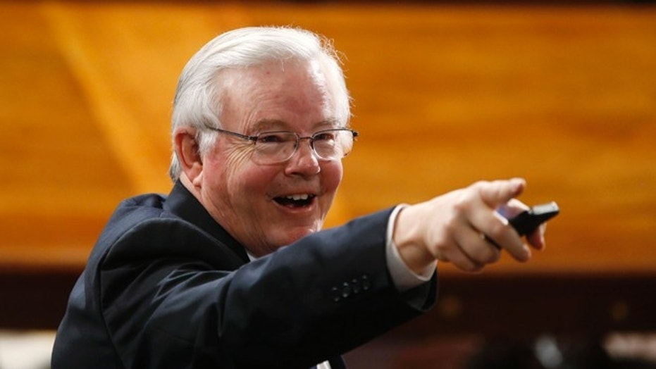 Texas Republican Rep. Joe Barton apologized Wednesday after a lewd photo surfaced on social media this week.