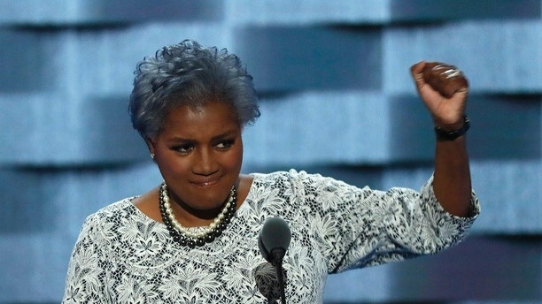 Democratic National Committee Vice Chair of Voter Registration and Participation Donna Brazile speaks at the Democratic National Convention in Philadelphia, Pennsylvania, U.S. July 26, 2016. REUTERS/Mike Segar - HT1EC7Q1ULIGF
