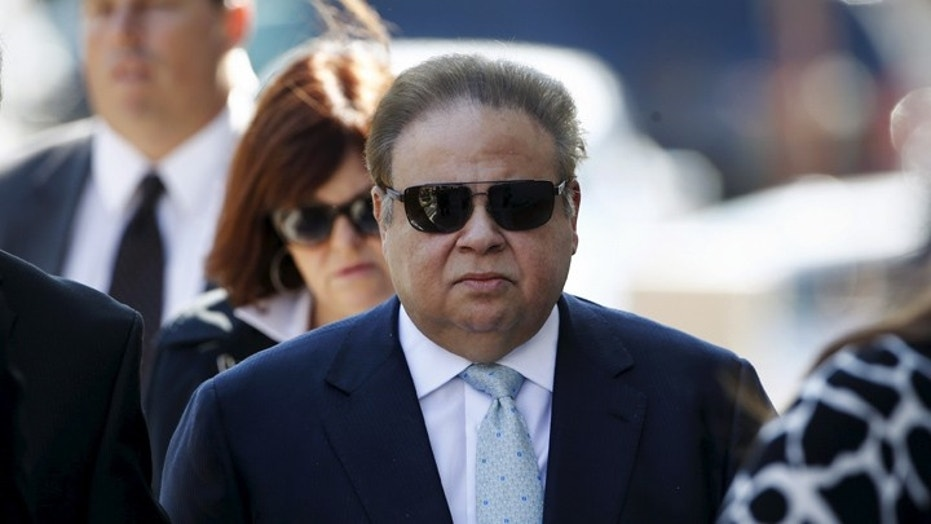 Menendez-Connected Eye Doc Gets 17 Years For $42.6M Fraud