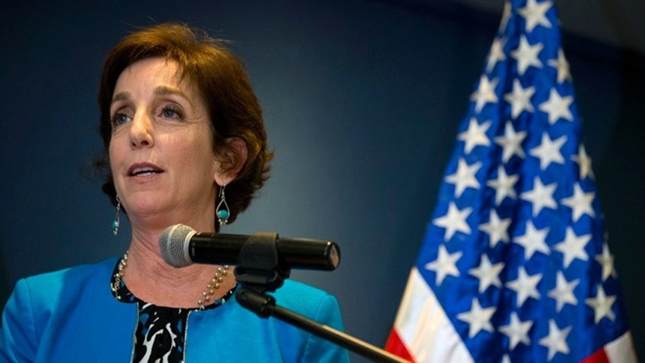 Roberta Jacobson, the U.S. ambassador to Mexico, is resigning from her post.