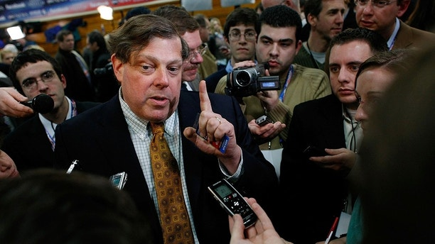 MANCHESTER, NH - JANUARY 05: Mark Penn, chief strategist and pollster for Democratic presidential candidate Sen. Hillary Clinton, speaks to reporters in the