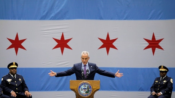 Chicago Mayor Rahm Emanuel delivers a speech on the city's surge in violence in Chicago, Illinois, U.S., September 22, 2016. REUTERS/Jim Young  - S1BEUCVWKVAA