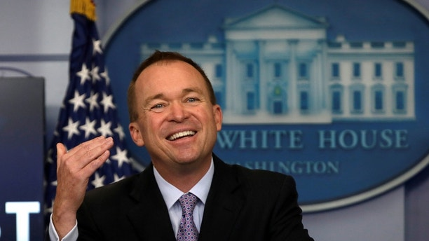 Office of Management and Budget Director Mick Mulvaney holds a briefing on President Trump's FY2018 proposed budget in the press briefing room at the White House in Washington, U.S., May 23, 2017. REUTERS/Jim Bourg - RC1A7B566340