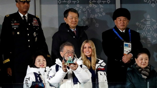 Pyeongchang 2018 Winter Olympics - Closing ceremony - Pyeongchang Olympic Stadium - Pyeongchang, South Korea - February 25, 2018 - South Korean President Moon Jae-in and South Korean first lady Kim Jung-sook, Ivanka Trump, senior White House adviser, Chinese Vice Premier Liu Yandong, South Korea's Constitutional Court President Lee Jin-sung and U.S. Forces Korea Commander Vincent Brooks and Kim Yong-chol of the North Korean delegation, attend the closing ceremony. REUTERS/Murad Sezer - DEVEE2P0XJK2S