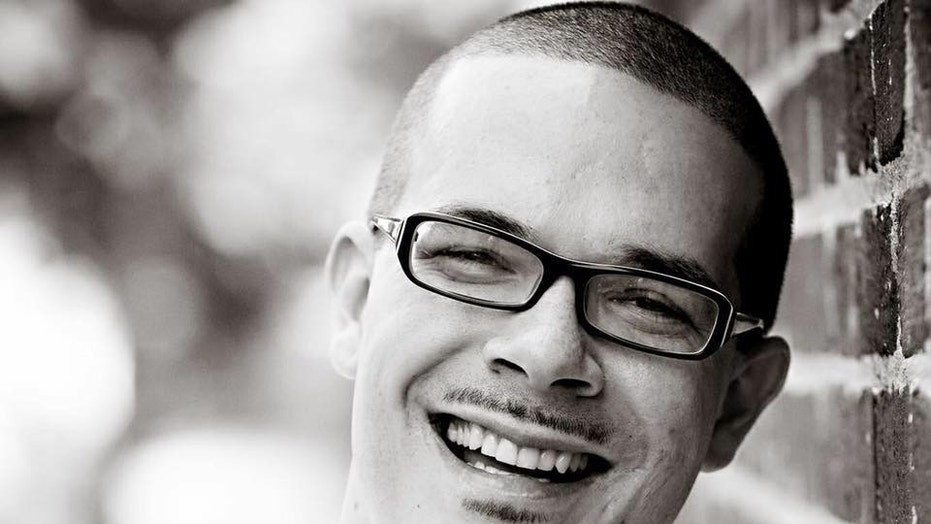 Shaun King received over $650,000 from Cari Tuna, the wife of a cofounder of Facebook, in a bid to reshape criminal justice system. facebook co-founder's wife spent $650g on shaun king's pac to elect anti-police prosecutors Facebook co-founder's wife spent $650G on Shaun King's PAC to elect anti-police prosecutors 1527661718358