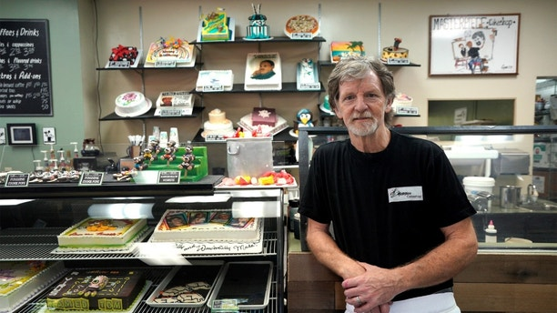 Baker Jack Phillips poses in his Masterpiece Cakeshop in Lakewood, Colorado U.S. September 21, 2017. Picture taken September 21, 2017. REUTERS/Rick Wilking - RC1E6FC20C40
