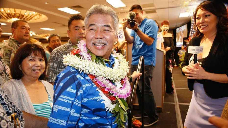 Hawaii's Ige staves off challenge, will face GOP's Tupola in November