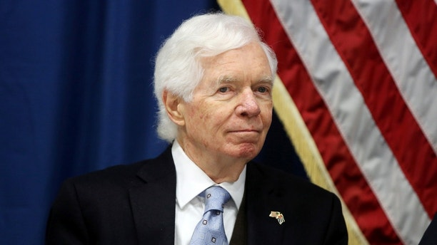 U.S. Senator Thad Cochran takes part in a news conference at the U.S. Embassy in Havana, Cuba, February 22, 2017. REUTERS/Alexandre Meneghini - RC1533A5C670