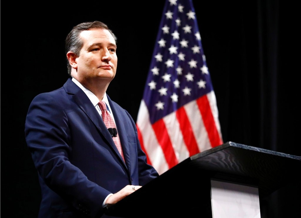 Ted Cruz heckled by protesters in DC restaurant: video | Fox News