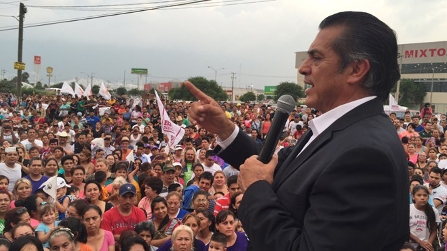 El Bronco addresses the crowd at a May 2015 rally in the Solidaridad neighborhood of Monterrey, Nuevo León. The rally had been announced hours earlier over social media. (Photo: David Agren/Fox News Latino)