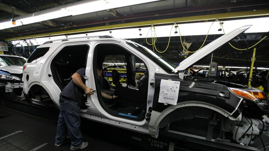 Us Automakers Holding Off On Summer Factory Shutdowns As