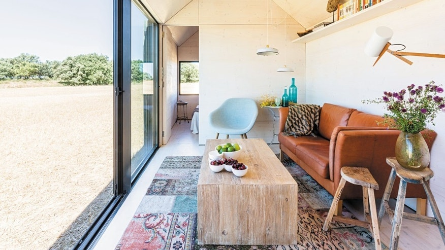 Portable Home PH80, interior. From 150 Best Mini Interior Ideas by Francesc Zamora Mola. Architect baton Arquitectura.
