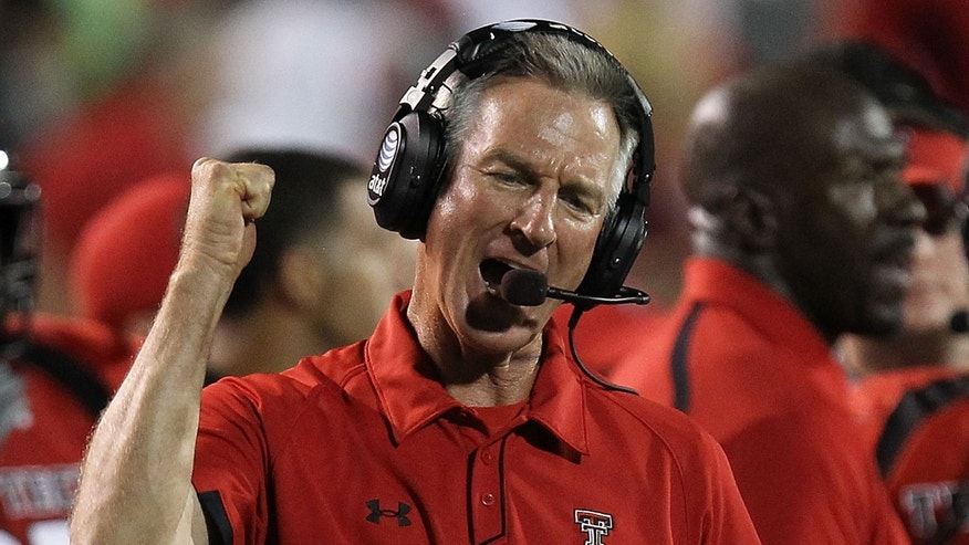 Tommy Tuberville, coaching the Texas Tech Red Raiders