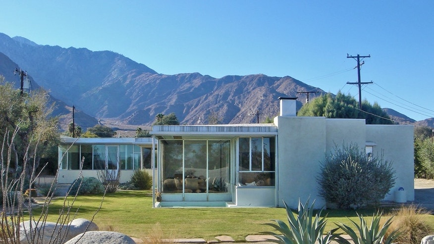 Miller House, Palm Springs. Richard Neutra design from 1937.