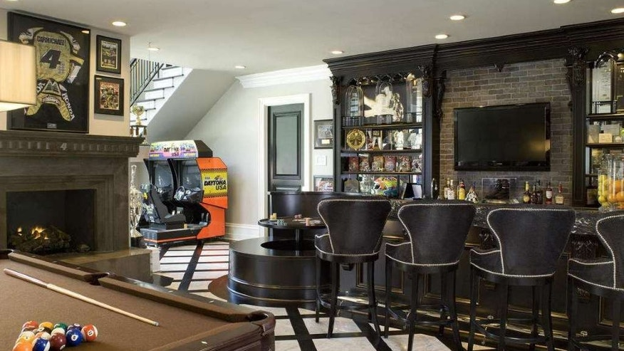 A truly awesome man cave if there ever was one.