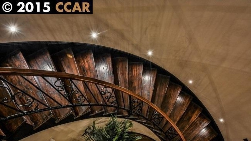 The winding staircase.