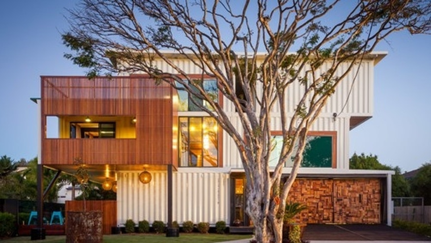 Contemporary exterior by Brisbane building designers and drafters Ziegler Build