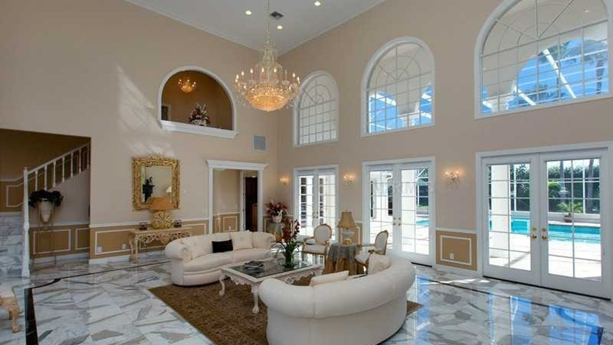 Marble flooring in the living area